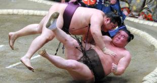 Endo contre Hakuho