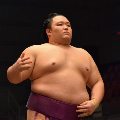 Asanoyama sera promu ôzeki