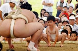 Sumo contre enfant sumo