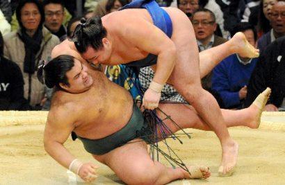 Kakuryu vainc Takayasu
