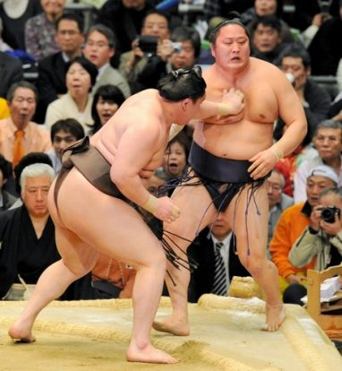 Hakuho contre Tokitenku