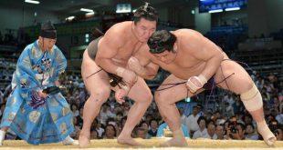 Hakuho contre Tochiozan