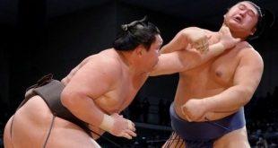 Hakuho contre Tochinowaka