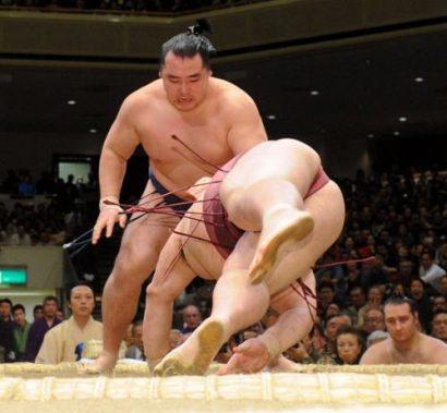 Hakuhô - Kakuryû, un duel serré, Kakuryu contre Kisenosato