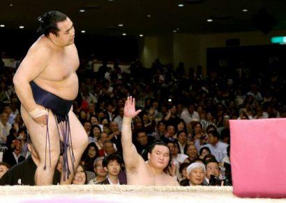 Hakuhô reprend la tête du tournoi
