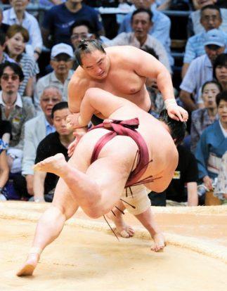 Kisenosato, premier ozeki à échouer contre Aminishiki