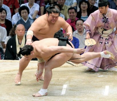 Takekaze contre Harumafuji