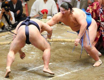 Ichinojo bat son premier ôzeki : Kisenosato