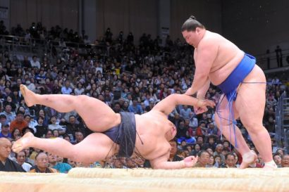 Ichinojo contre Kisenosato