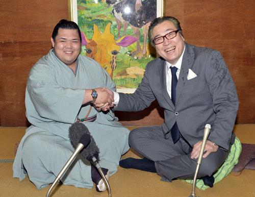 Onosho avec Onomatsu oyakata