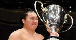 Hakuho remporte son 33è yusho