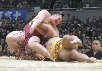 Endo blessé contre Shohozan