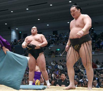 Hakuho après sa défaite contre Terunofuji