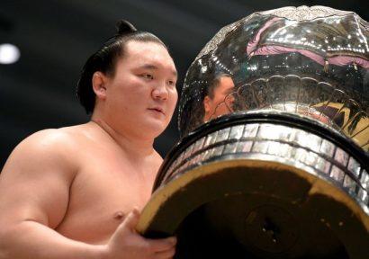 Hakuho remporte son 34ème titre