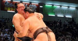 Kisenosato contre Hakuho une