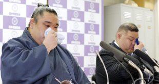Wakanosato avec son oyakata annonce son intai