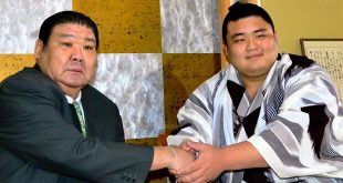 Asabenkei avec Takasago oyakata une