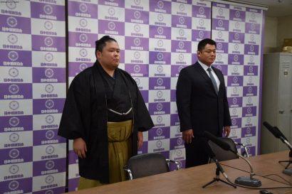Tosayutaka  avec Tokitsukaze oyakata