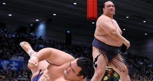 Kisenosato contre Kotoshogiku une