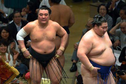 Premiers yokozuna et ôzeki défaits