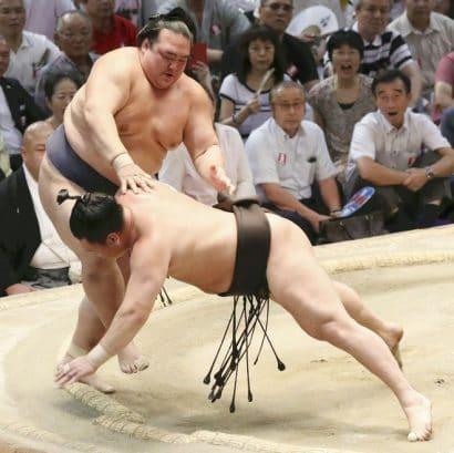 Kisenosato aura besoin de gagner en septembre