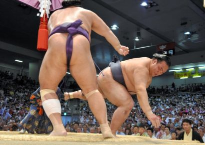 Tochiozan freine les espoirs de Kisenosato