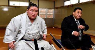 Goeido et Sakaigawa oyakata