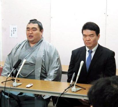 Tamaasuka avec Kataonami oyakata