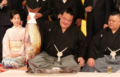 Le nouveau yokozuna Kisenosato veut être plus fort
