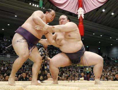 Kisenosato est le seul yokozuna invaincu