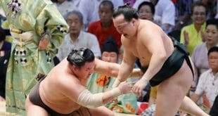 Hakuho contre Chiyoshoma