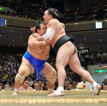 Kotoshogiku remporte son premier kinboshi