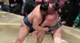 Kakuryu contre Arawashi