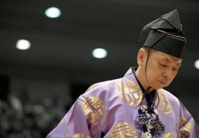 Un arbitre (gyoji) accusé d'harcèlement sexuel