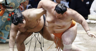 Takayasu contre Kaisei