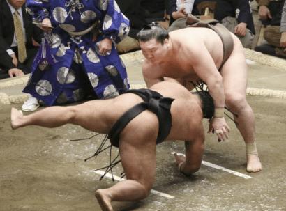 Inébranlable Hakuhô
