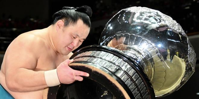 Finale – Tamawashi remporte son premier titre