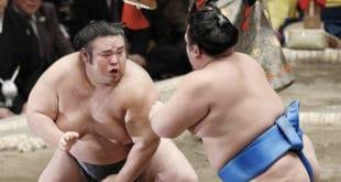 Takakeisho contre Kotoshogiku