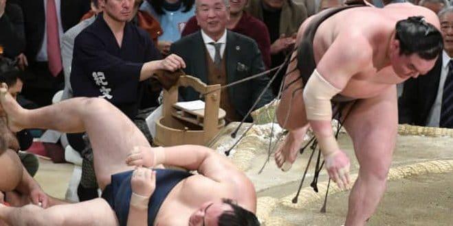 Jour final : Hakuhô remporte son 42ème tournoi sans aucune défaite !
