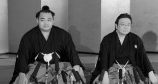 Izutsu oyakata avec Kakuryu
