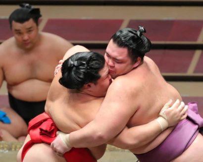 Asanoyama maîtrise Onoshô
