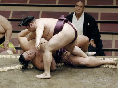 Endo contre Asanoyama