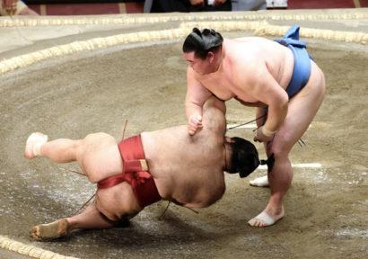 Shodai contre Takayasu