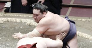 Terunofuji contre Takanosho une