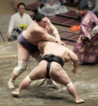 Terunofuji abat Takakeishô