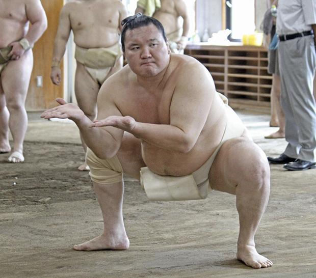 Hakuho entrainement