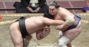 Terunofuji contre Kiribayama